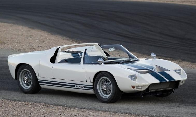 Кабриолет Ford GT40 Roadster 1965 года