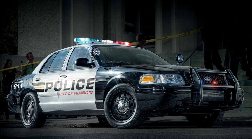 1autowp.ru_ford_crown_victoria_p71_police_interceptor_1.jpg